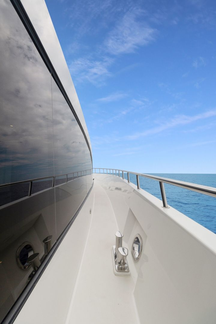 Cheoy Lee-Cockpit Motor Yacht  2007-Happiness British Columbia-Canada-1438978 | Thumbnail