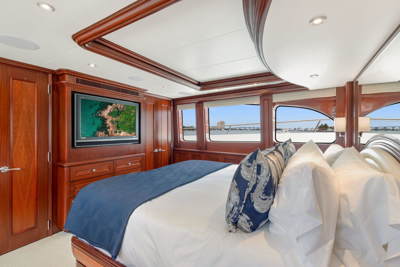 Cheoy Lee-Cockpit Motor Yacht  2007-Happiness British Columbia-Canada-1439011 | Thumbnail