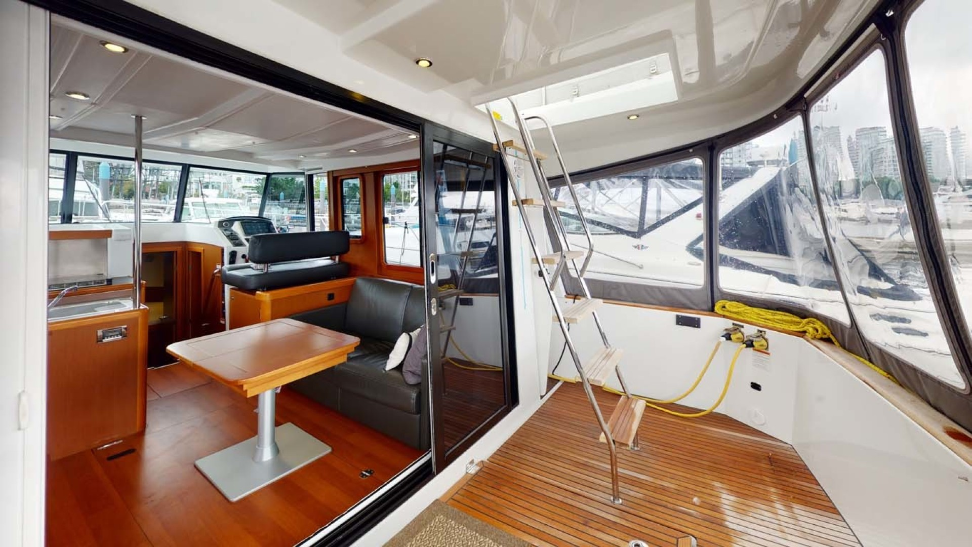 Beneteau-Swift Trawler 34 2015-Bon Sejour Vancouver, BC-Canada-Dining Table-1441076 | Thumbnail