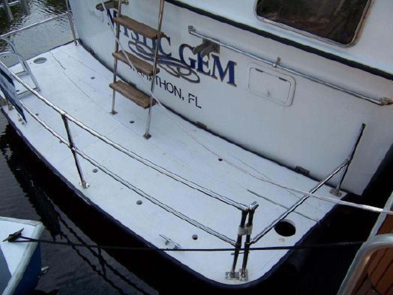 Marine Trader 1987-Mystic Gem Fort Lauderdale-Florida-United States-1443132 | Thumbnail