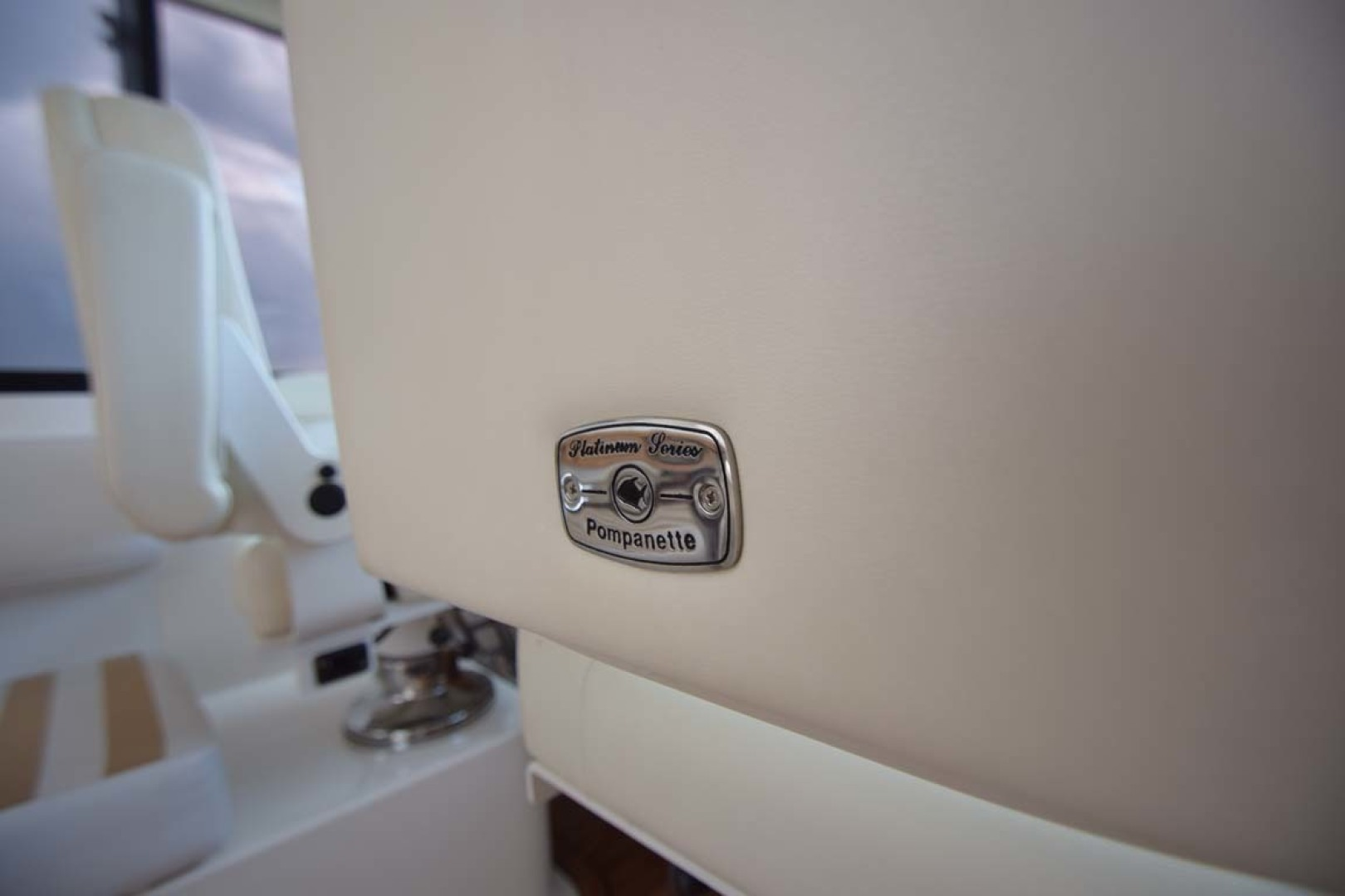 Riviera-Enclosed Flybridge 2007-Magica II Coral Gables-Florida-United States-Pompanette Helm Seating-1443153 | Thumbnail