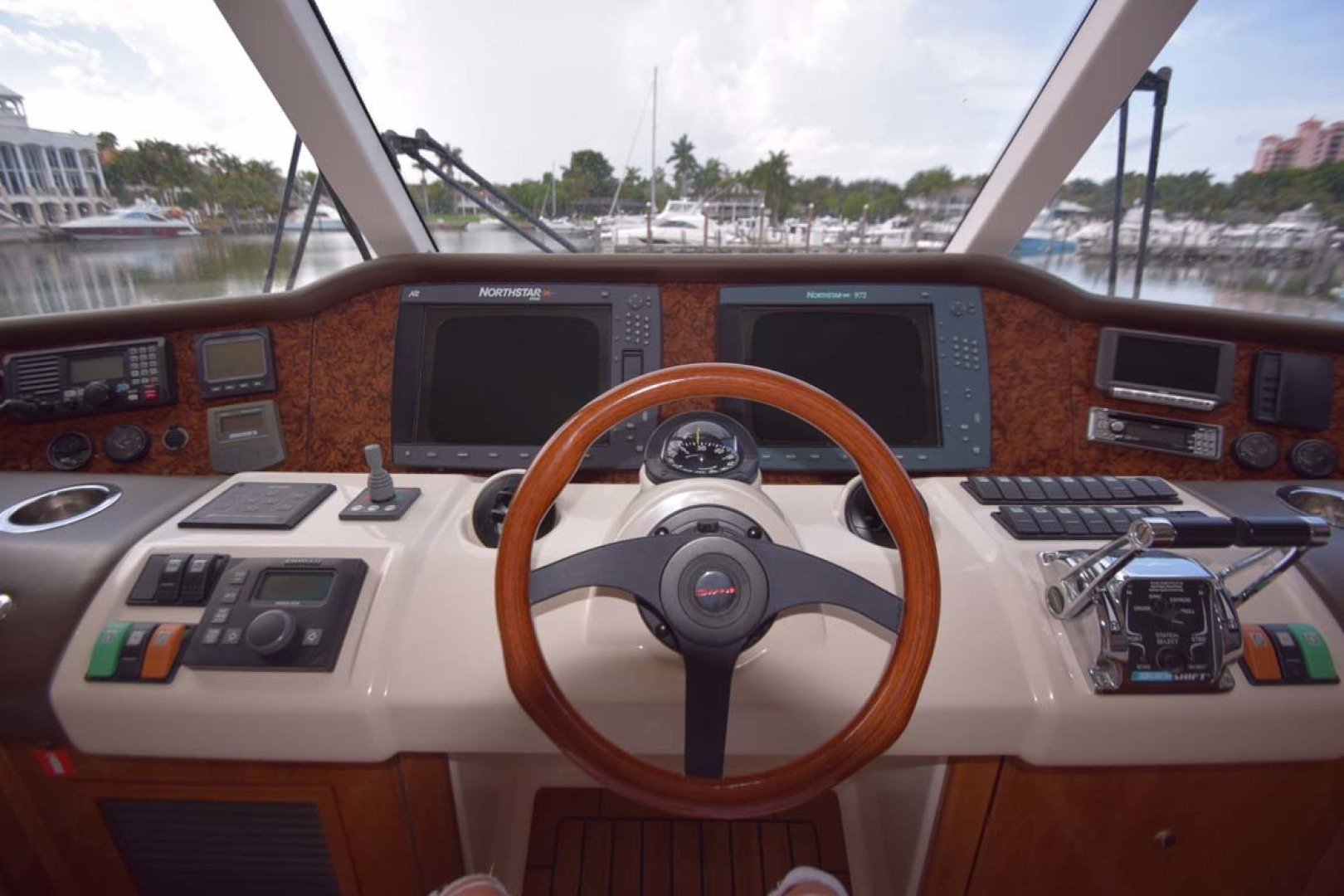 Riviera-Enclosed Flybridge 2007-Magica II Coral Gables-Florida-United States-Helm View Center-1443144 | Thumbnail