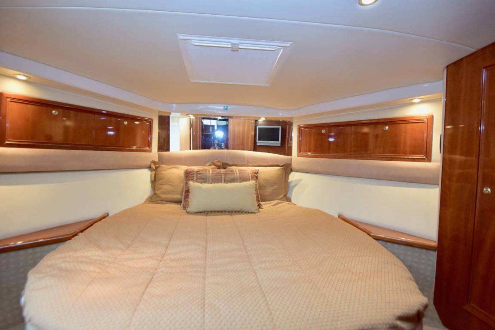 Riviera-Enclosed Flybridge 2007-Magica II Coral Gables-Florida-United States-VIP Berth-1443181 | Thumbnail