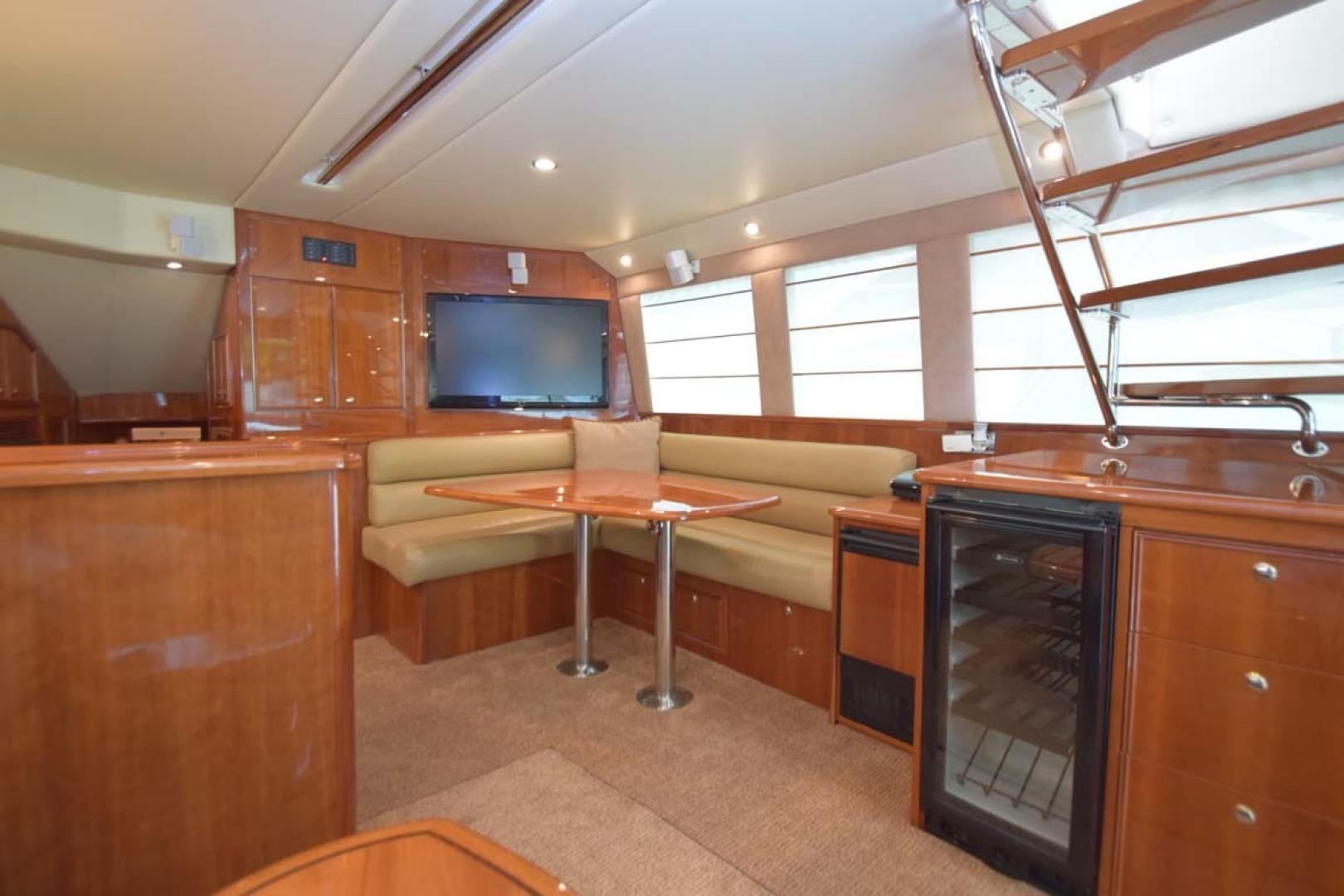 Riviera-Enclosed Flybridge 2007-Magica II Coral Gables-Florida-United States-Dinette View From Salon-1443163 | Thumbnail