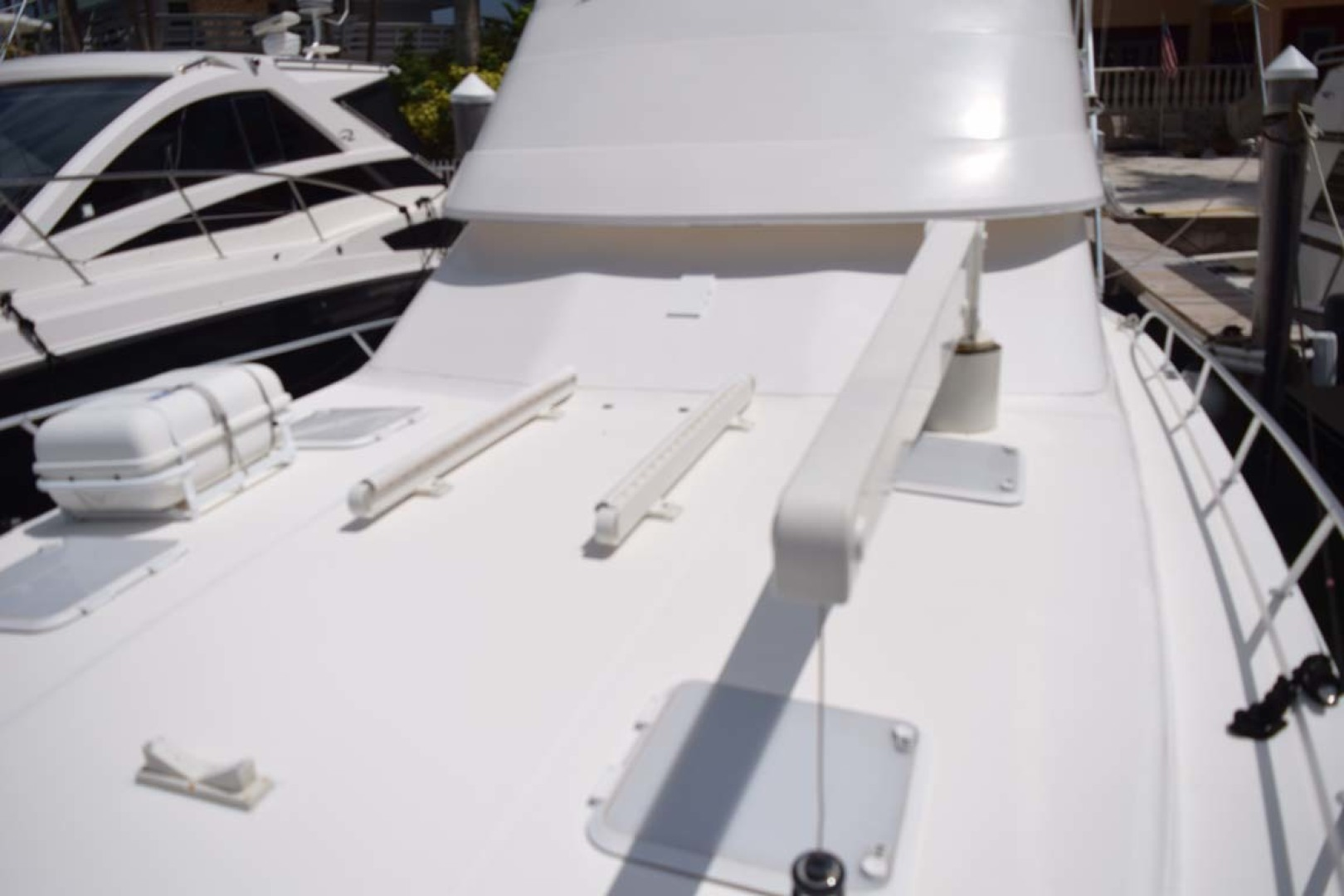 Riviera-Enclosed Flybridge 2007-Magica II Coral Gables-Florida-United States-Bow Port Side-1443141 | Thumbnail