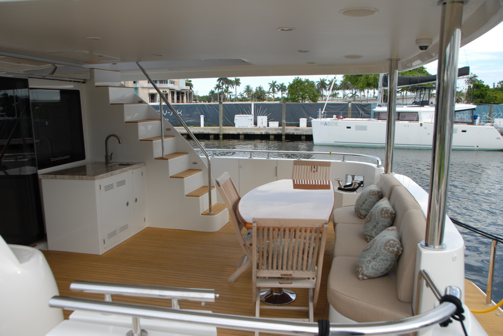 Ocean Alexander-Motor yacht flybridge 2016-Journey Fort Lauderdale-Florida-United States-1451220 | Thumbnail