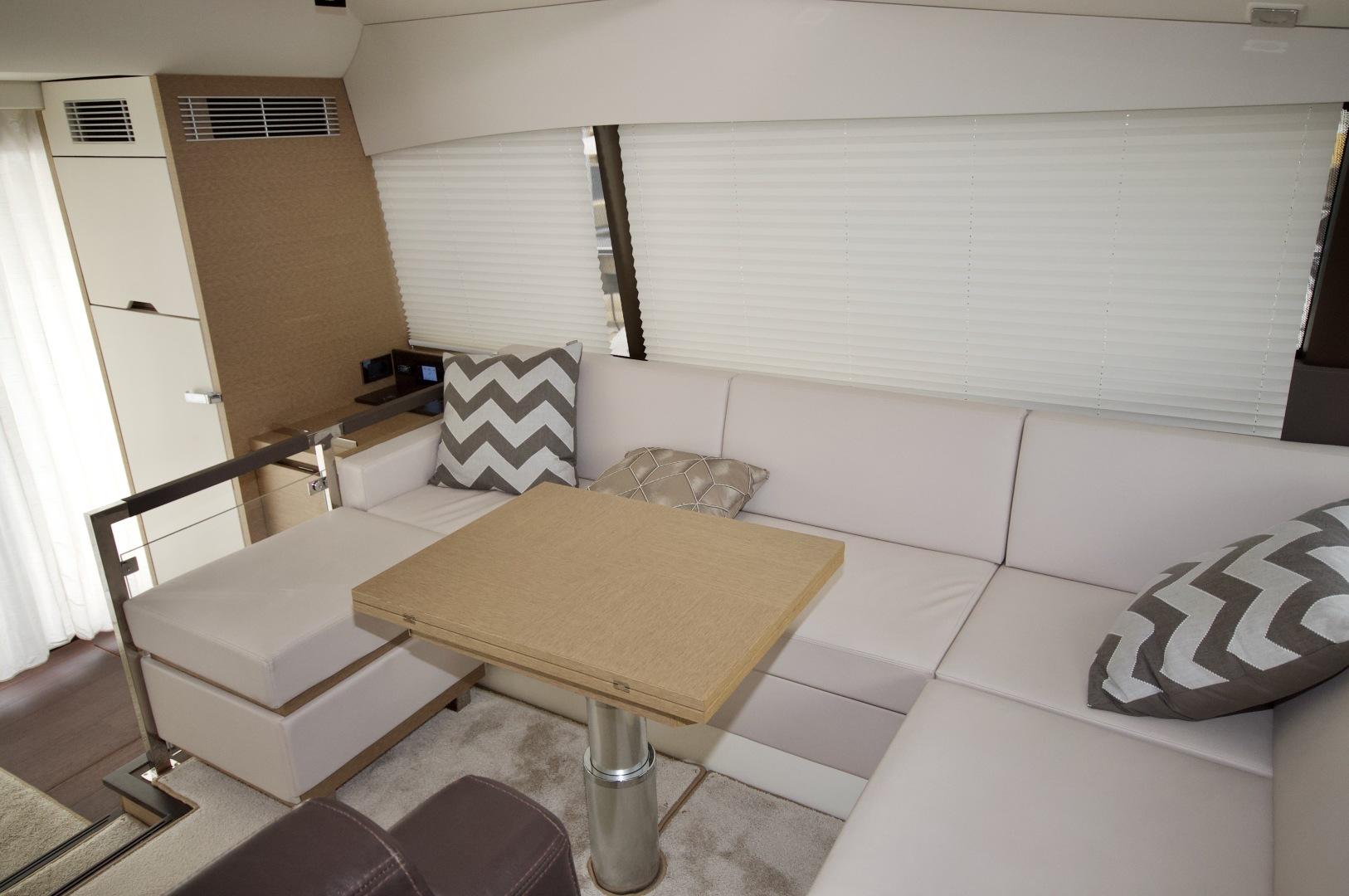Prestige-460 S 2018-Unforgettable St Petersburg-Florida-United States-2018 Prestige 460 S Yacht  Unforgettable  Dinette-1501561   Thumbnail