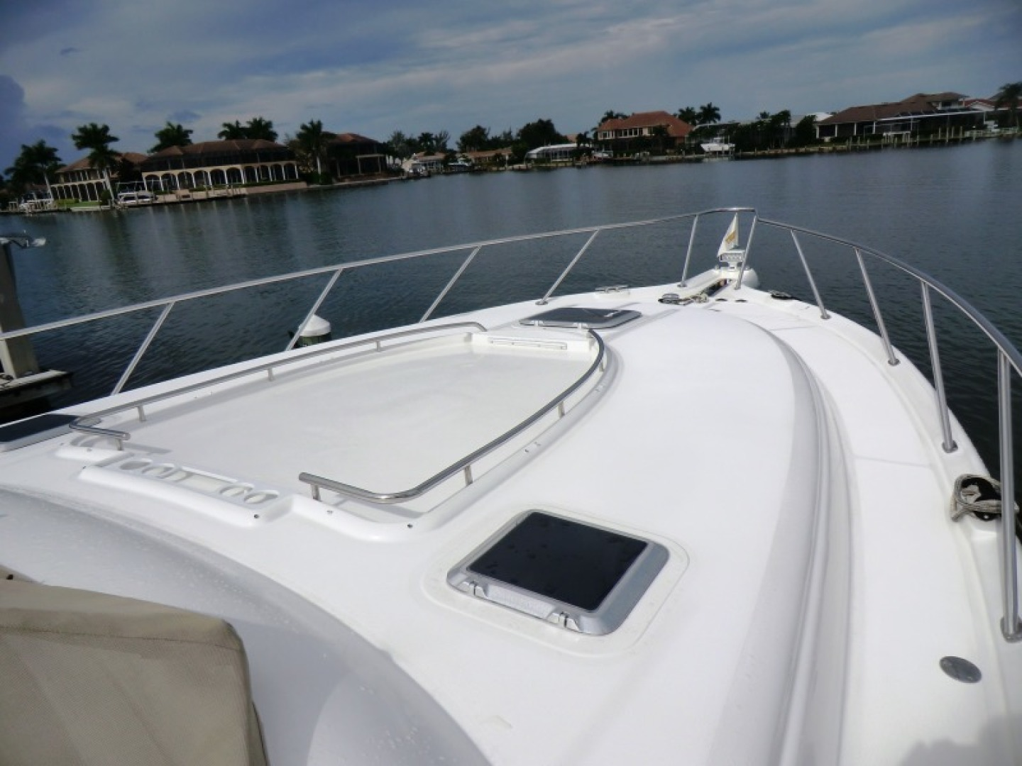 Tiara-44/4700 Sovran 2006-Far From Normal Marco Island-Florida-United States-Foredeck-1446368 | Thumbnail