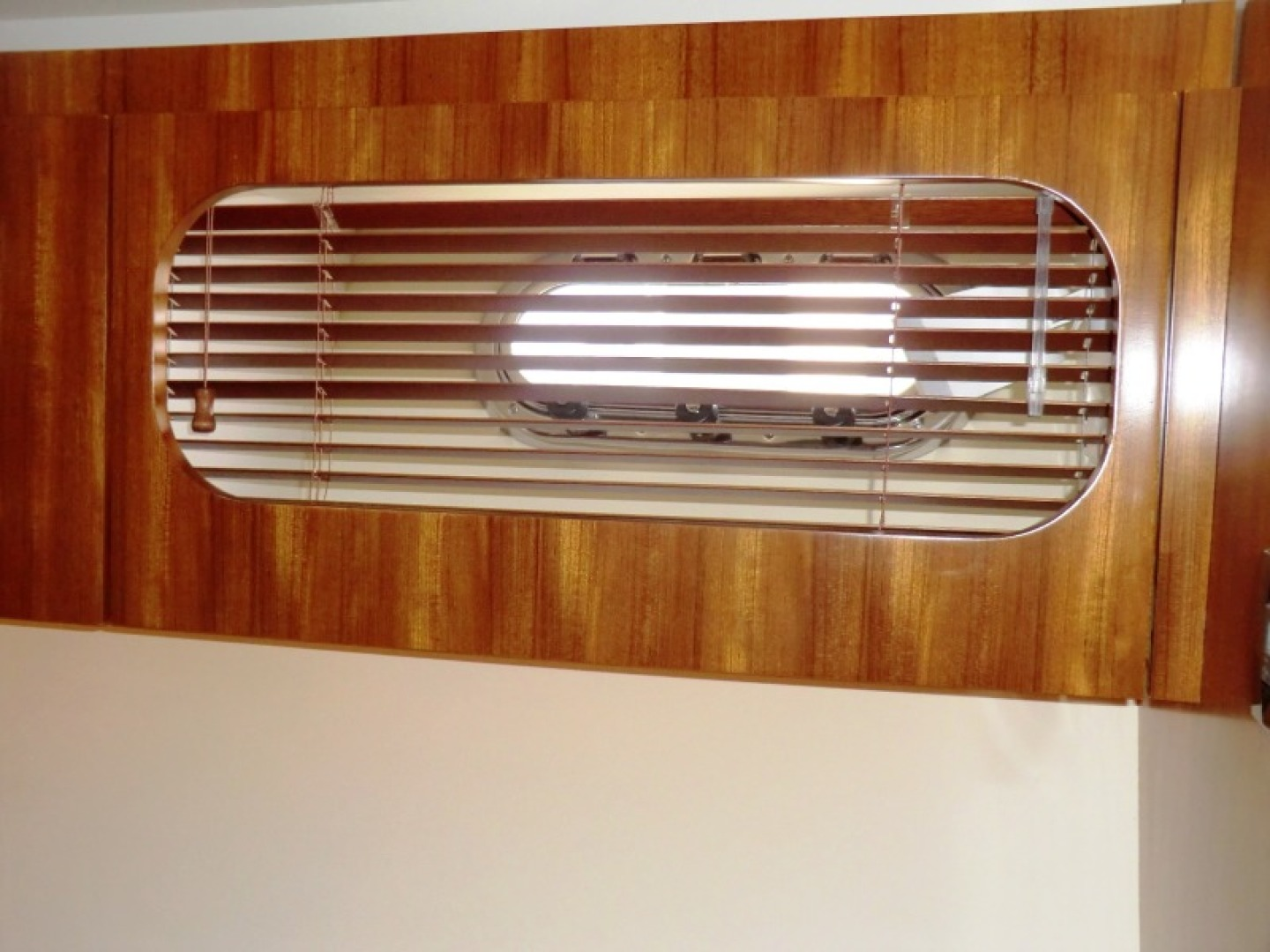 Tiara-44/4700 Sovran 2006-Far From Normal Marco Island-Florida-United States-Master Wooden Blinds-1446396 | Thumbnail