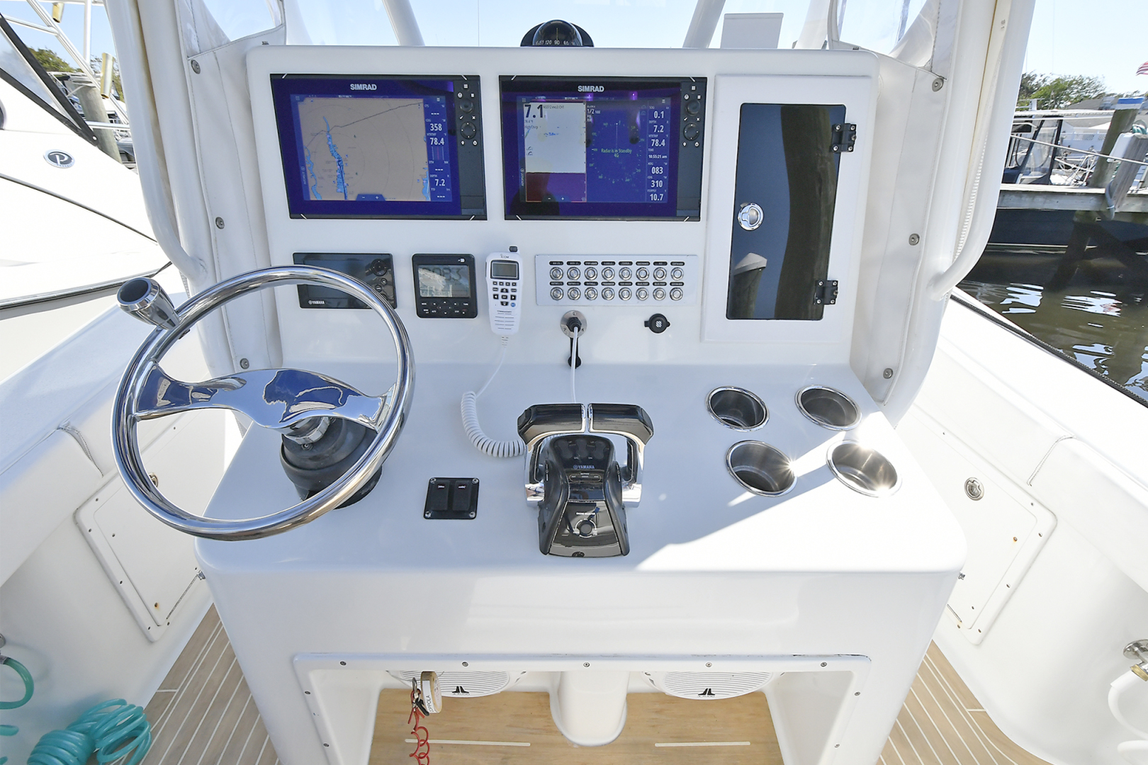 Yellowfin-36 Center Console 2019 -Patchogue-New York-United States-Helm Station -1468835 | Thumbnail