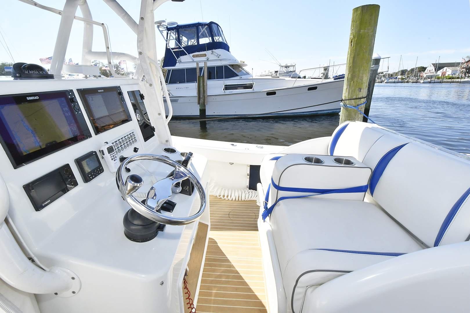 Yellowfin-36 Center Console 2019 -Patchogue-New York-United States-Helm Station -1468821 | Thumbnail