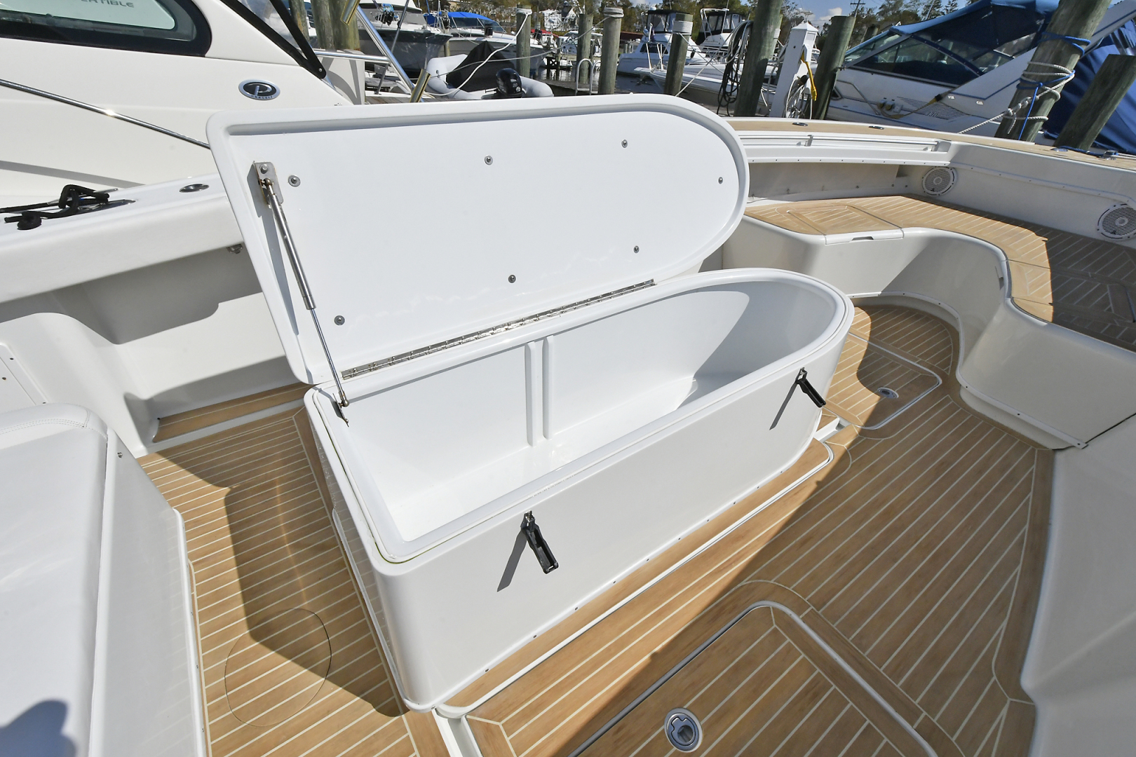 Yellowfin-36 Center Console 2019 -Patchogue-New York-United States-Coffin Box-1468832 | Thumbnail