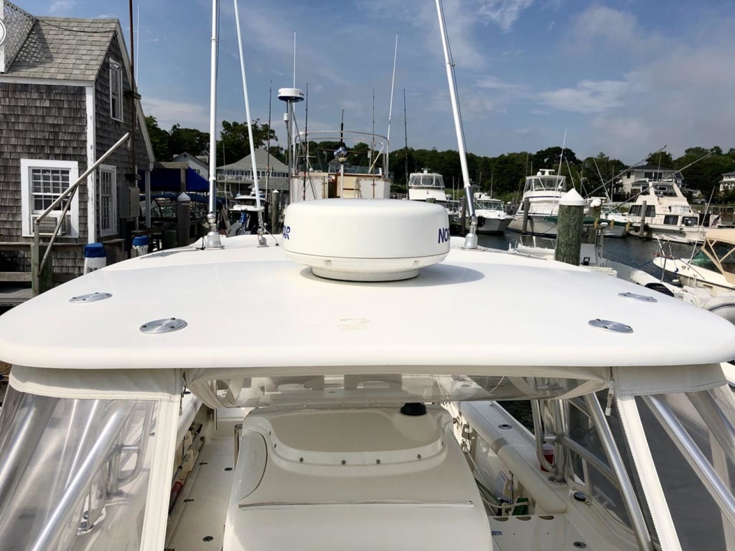 Boston Whaler-320 Outrage Cuddy Cabin 2008 -Onset-Massachusetts-United States-Hardtop Radar-1447528 | Thumbnail