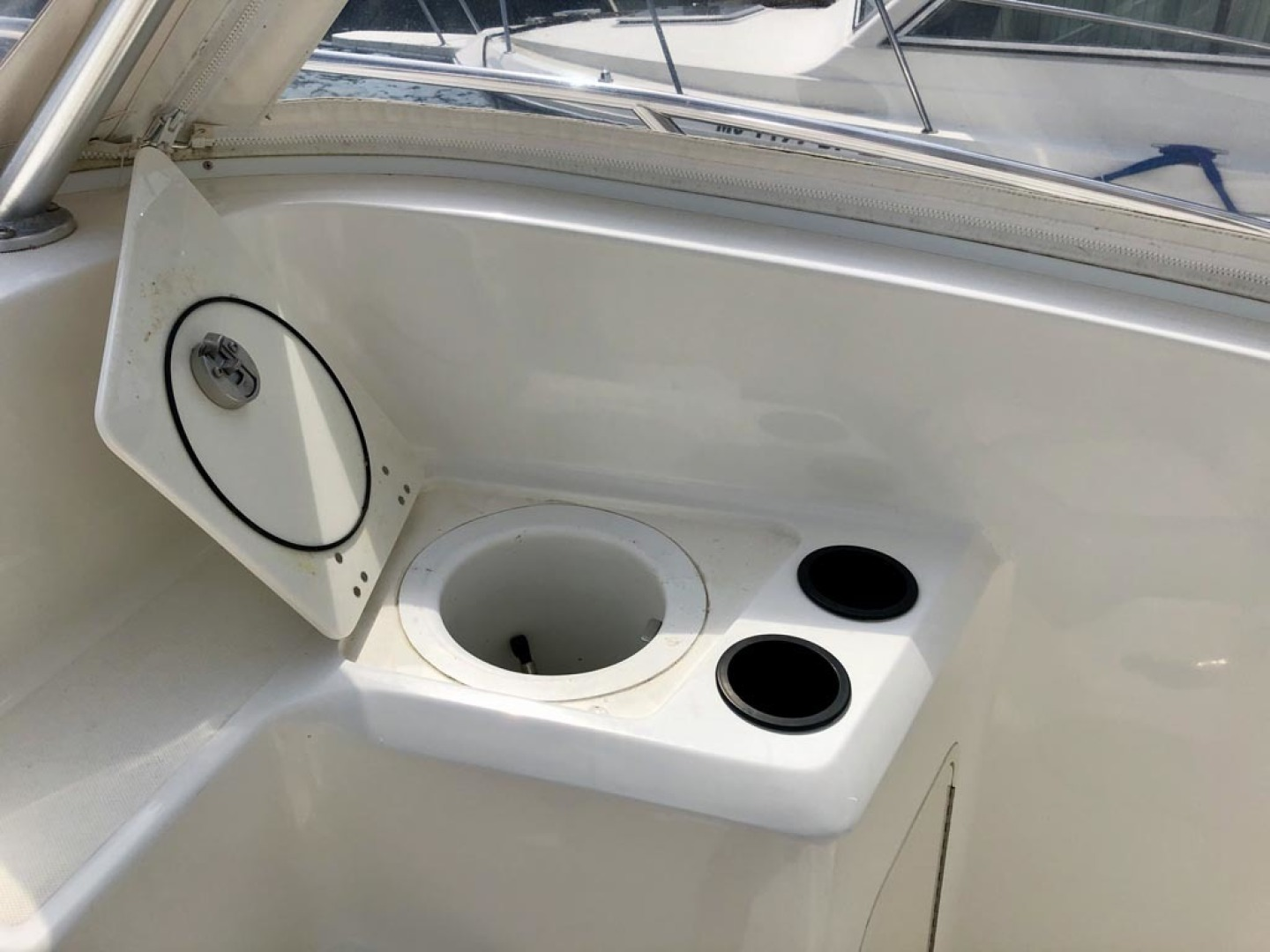 Boston Whaler-320 Outrage Cuddy Cabin 2008 -Onset-Massachusetts-United States-1447525 | Thumbnail