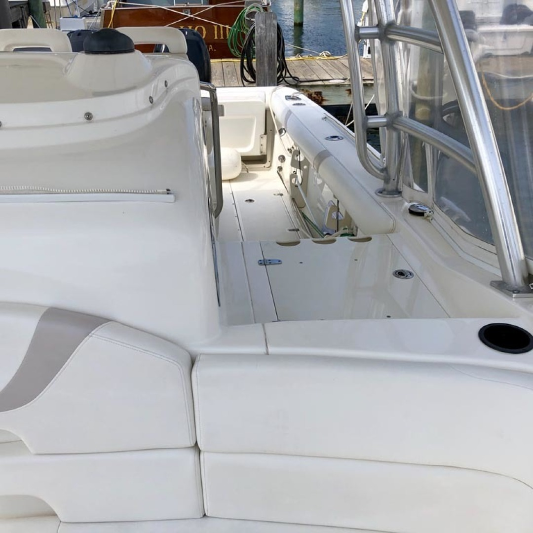 Boston Whaler-320 Outrage Cuddy Cabin 2008 -Onset-Massachusetts-United States-1447530 | Thumbnail