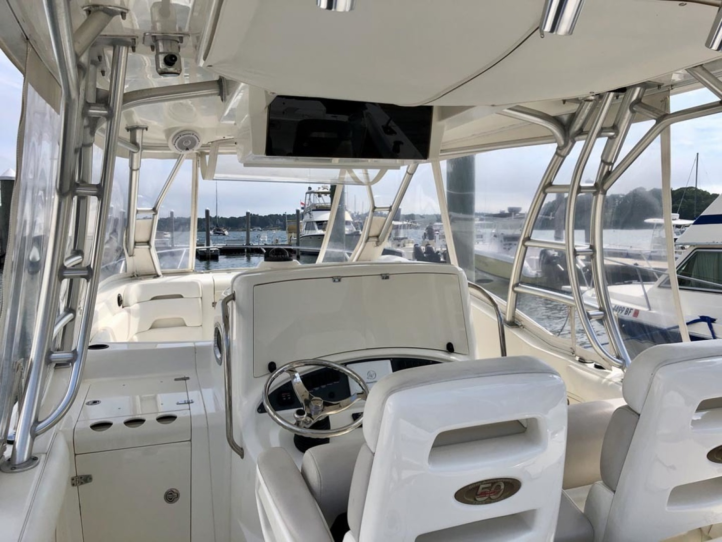 Boston Whaler-320 Outrage Cuddy Cabin 2008 -Onset-Massachusetts-United States-1447540 | Thumbnail