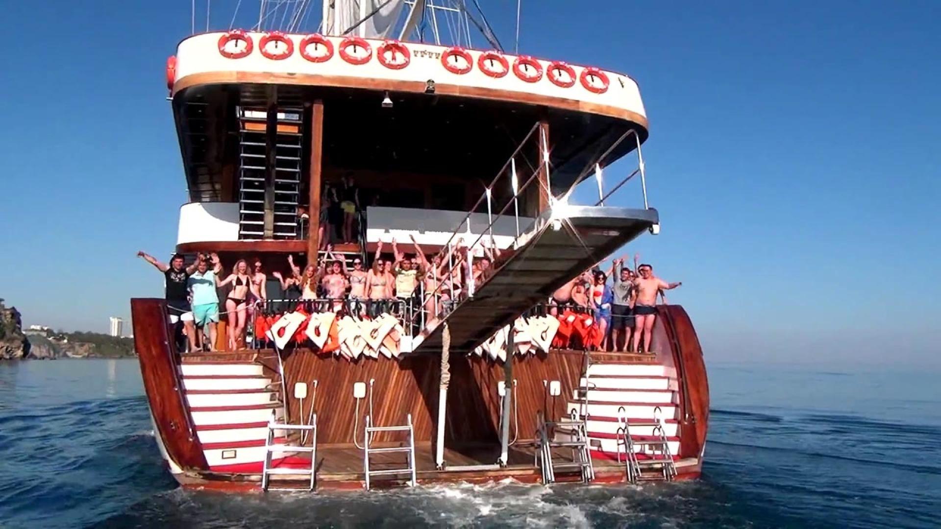 Custom-LZ-140 2009-My Dream Batumi-Georgia-Stern View, Swim Platform, Passerelle-1447693 | Thumbnail