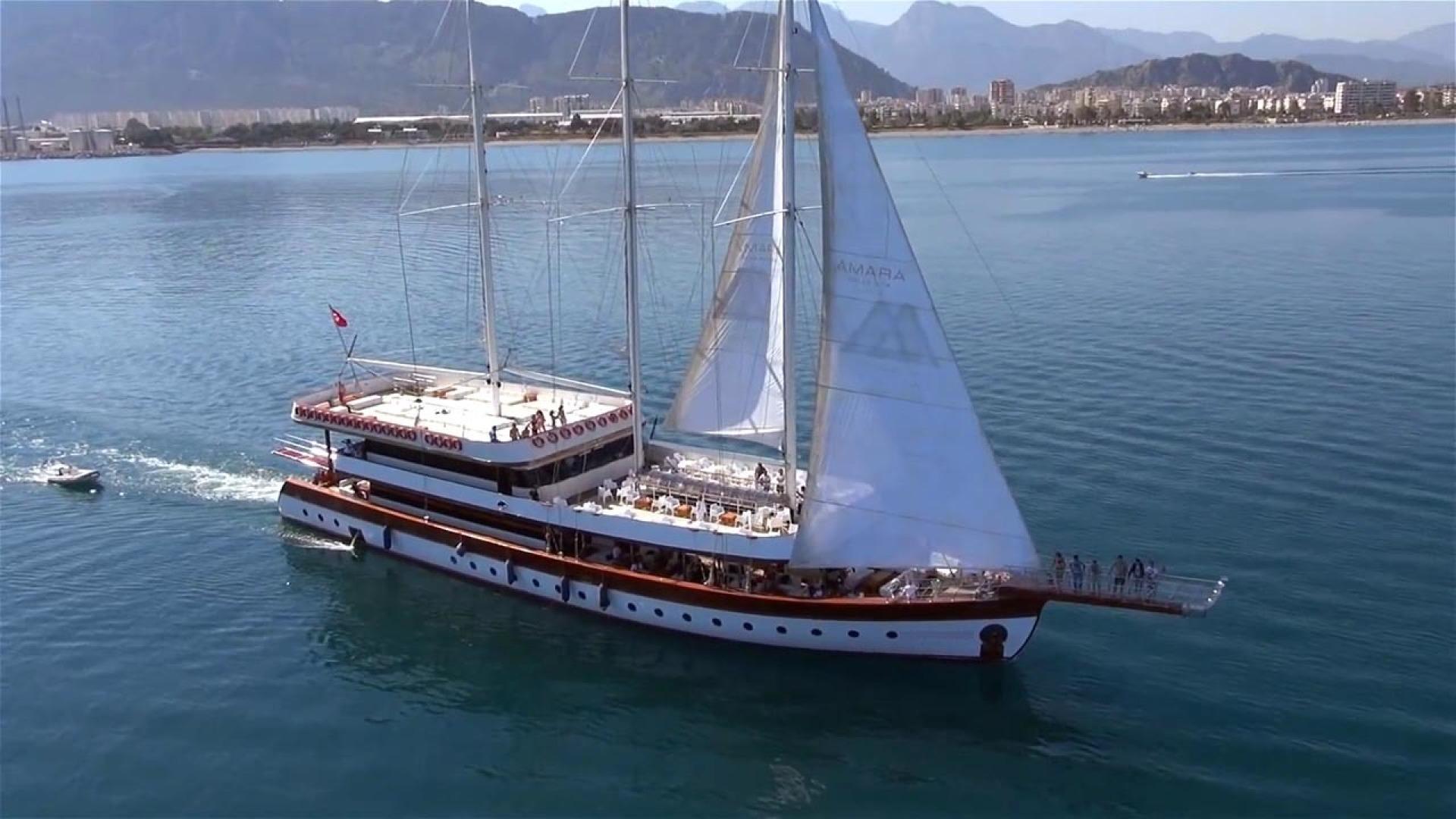 Custom-LZ-140 2009-My Dream Batumi-Georgia-Underway-1447691 | Thumbnail