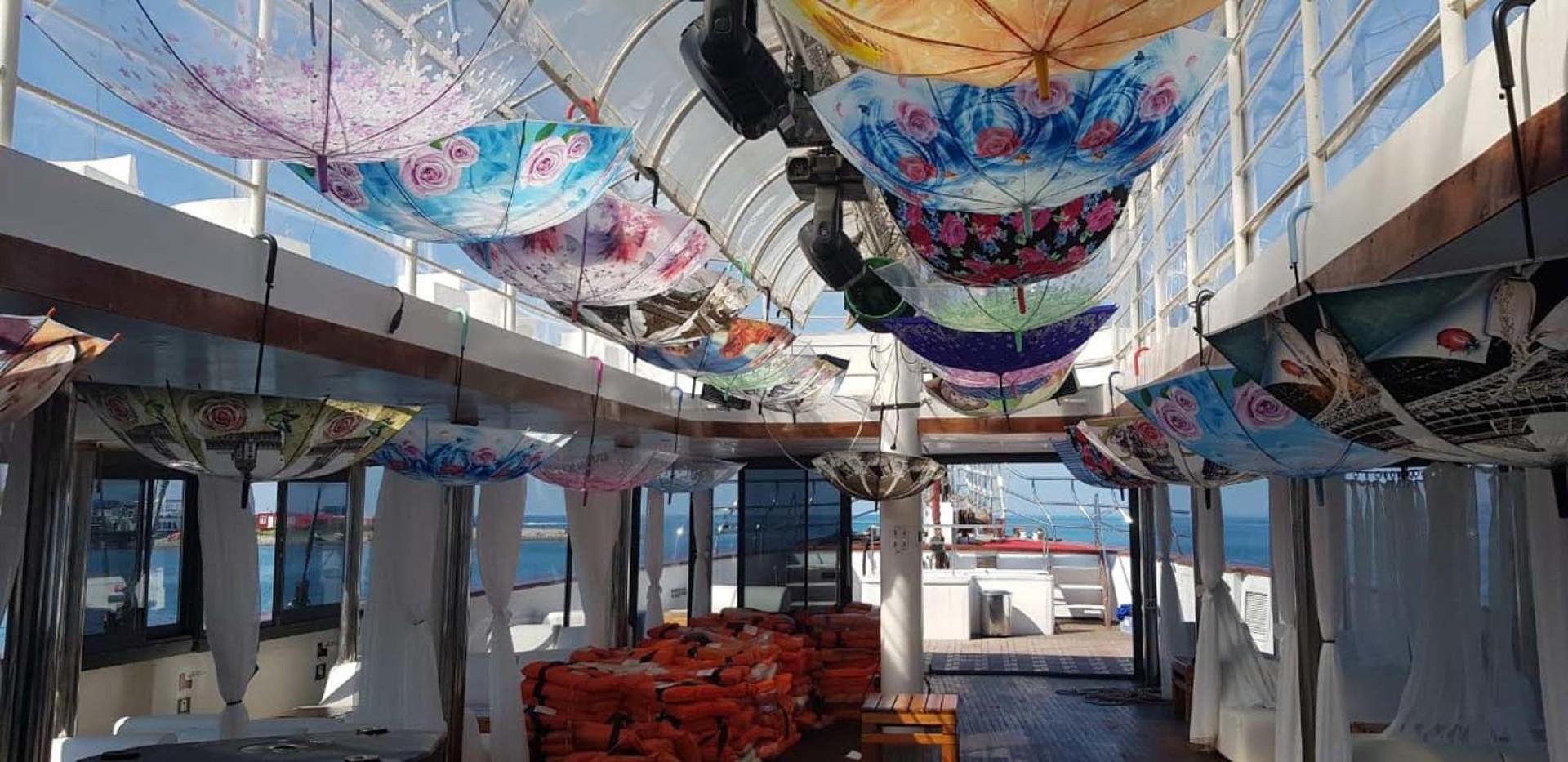 Custom-LZ-140 2009-My Dream Batumi-Georgia-Passenger Deck  Inside Roof-1447624 | Thumbnail