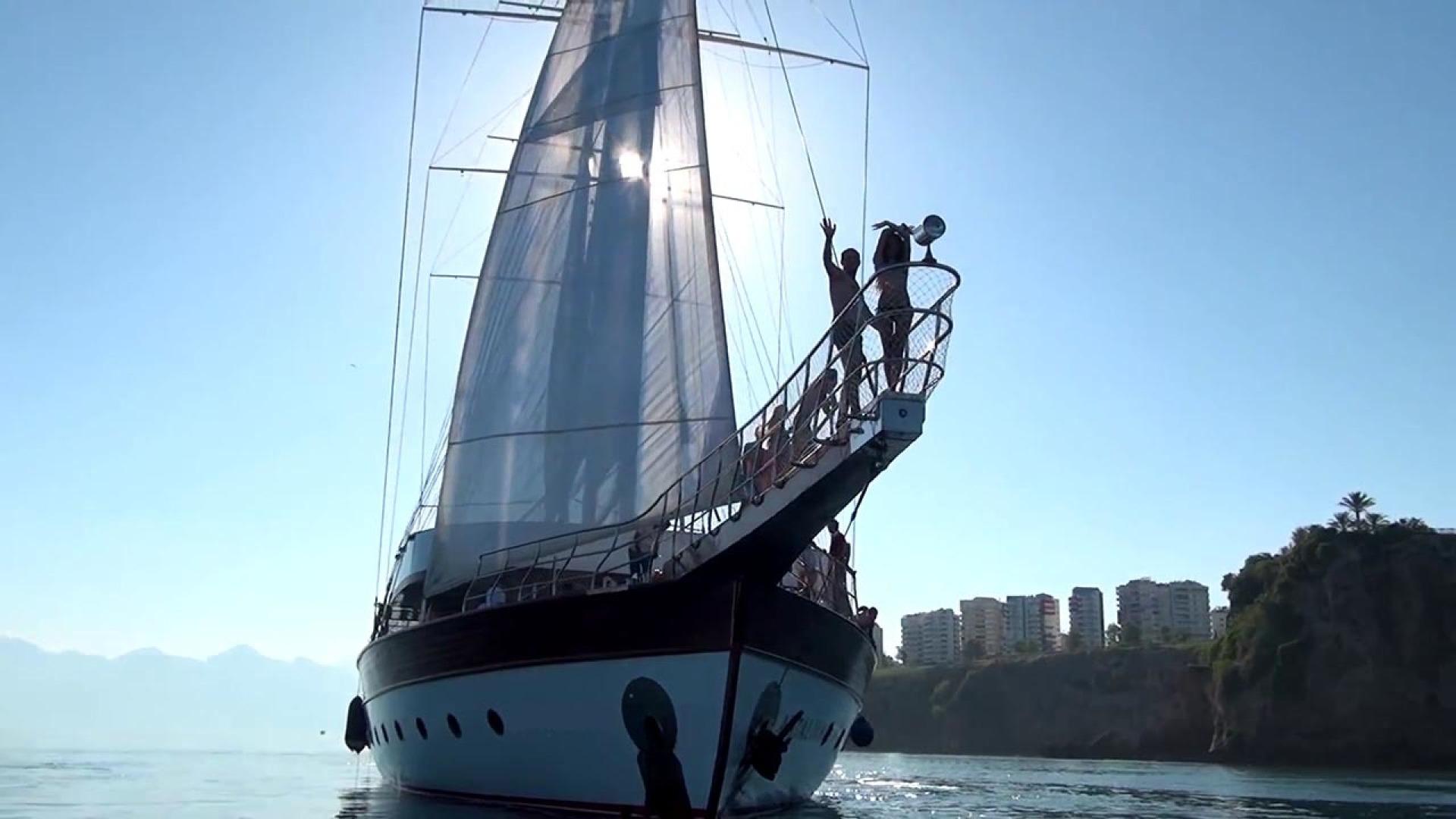 Custom-LZ-140 2009-My Dream Batumi-Georgia-Bow View-1447695 | Thumbnail