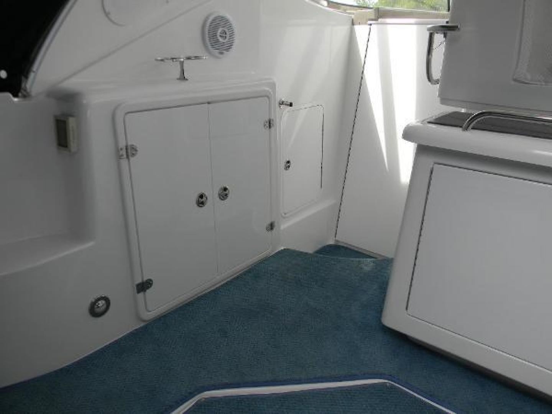 Cruisers-420 Express 2008-Jet VII St Petersburg-Florida-United States-2008 42 Cruisers Express Yacht Jet VII  Cockpit Storage-1448299 | Thumbnail
