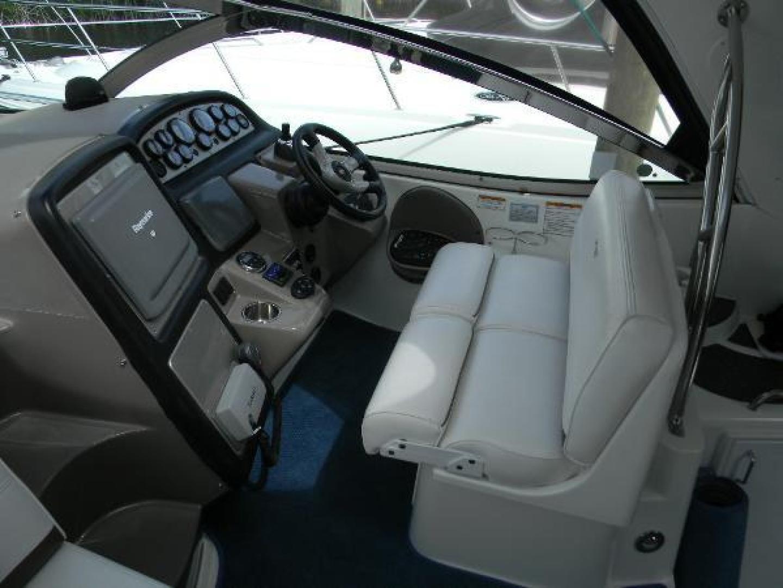 Cruisers-420 Express 2008-Jet VII St Petersburg-Florida-United States-2008 42 Cruisers Express Yacht Jet VII  Helm-1448272 | Thumbnail