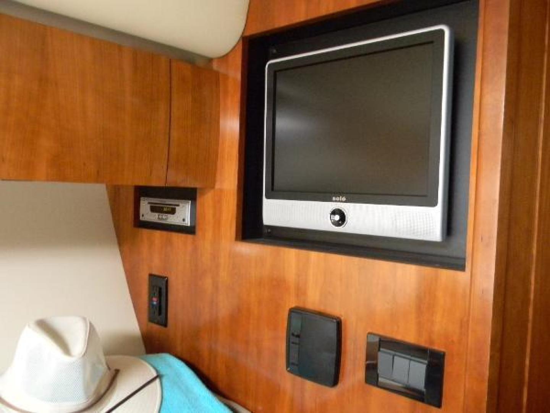 Cruisers-420 Express 2008-Jet VII St Petersburg-Florida-United States-2008 42 Cruisers Express Yacht Jet VII  Master Stateroom TV-1448257 | Thumbnail