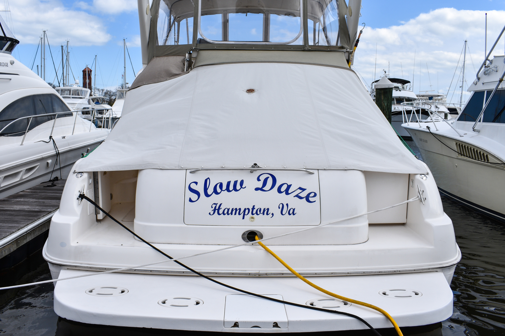 Sea Ray-Express Bridge 2000-Slow Daze Hampton-Virginia-United States-1448742 | Thumbnail