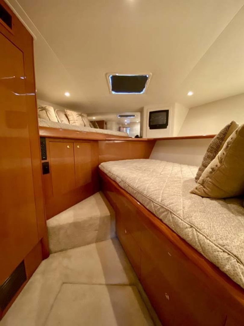 Viking-55 Convertible 1999-Lisa Marie Stuart-Florida-United States-VIP Forward Stateroom-1449404 | Thumbnail