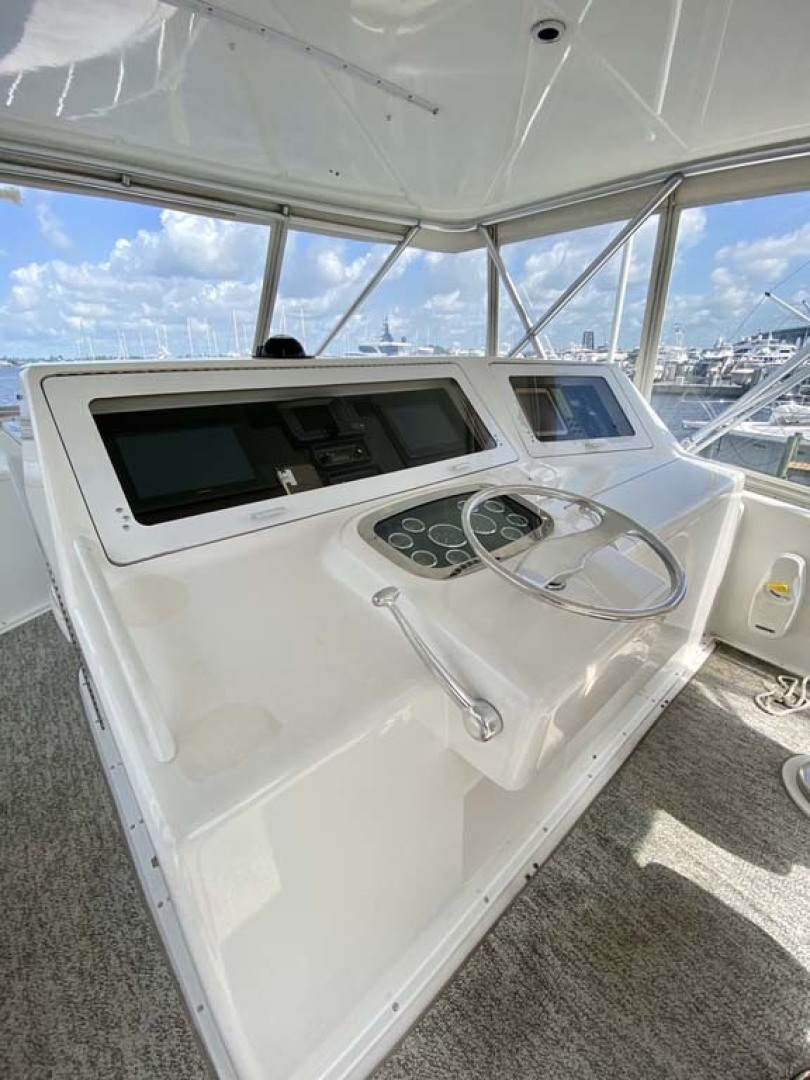 Viking-55 Convertible 1999-Lisa Marie Stuart-Florida-United States-Helm and Electronics-1449416 | Thumbnail