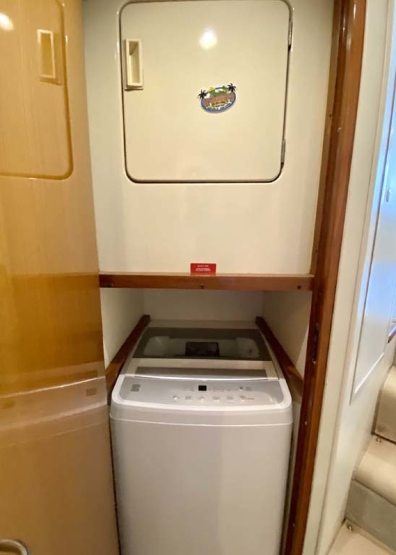 Viking-55 Convertible 1999-Lisa Marie Stuart-Florida-United States-Washer & Dryer-1449393 | Thumbnail