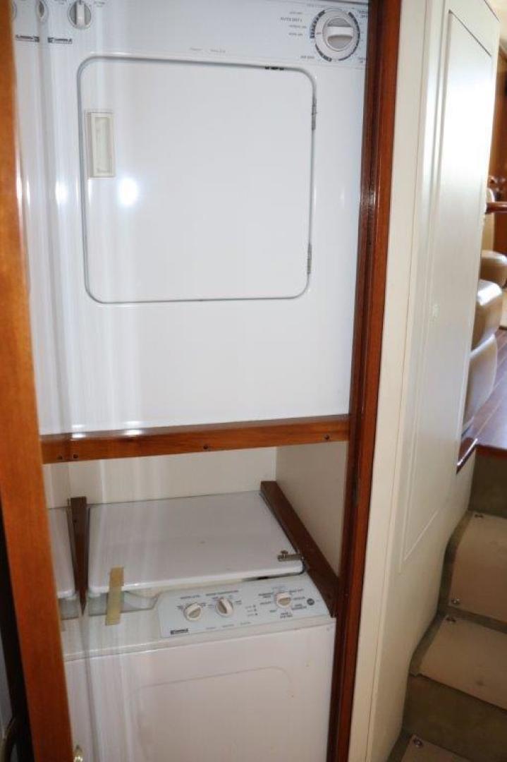 Viking 55 - Jezebel - Laundry