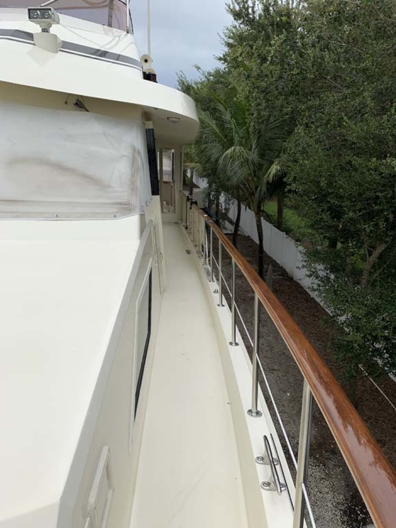 Hatteras-Euro Transom Motor Yacht 1989-Different Drummer II Stuart-Florida-United States-Port Side Deck 2-1449996 | Thumbnail