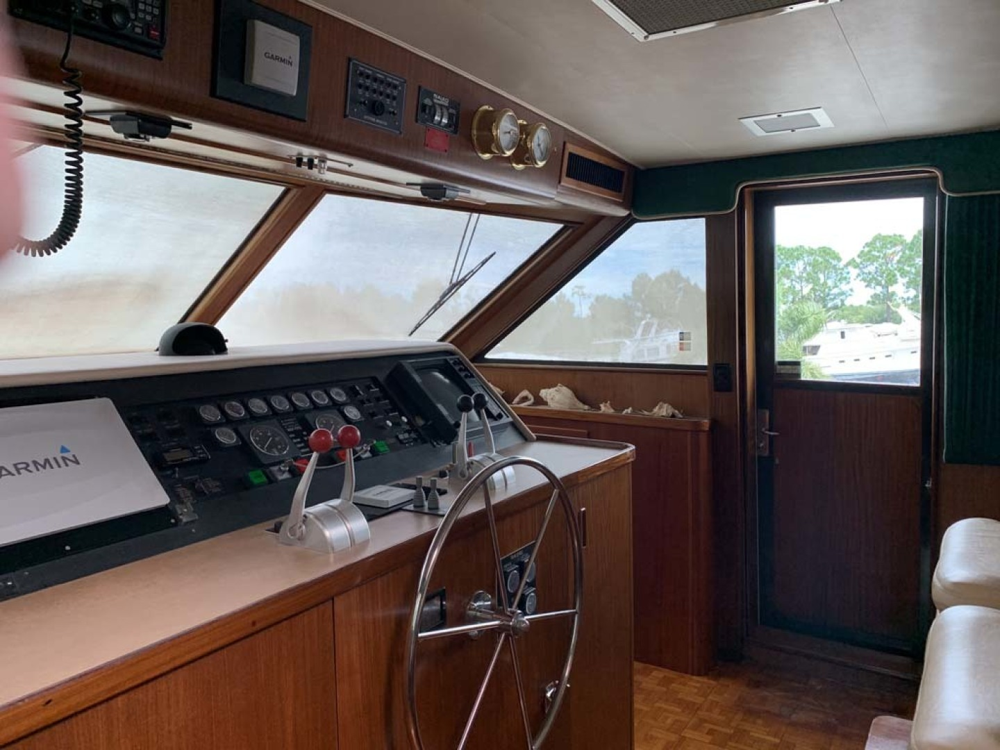 Hatteras-Euro Transom Motor Yacht 1989-Different Drummer II Stuart-Florida-United States-Lower Helm-1449934 | Thumbnail