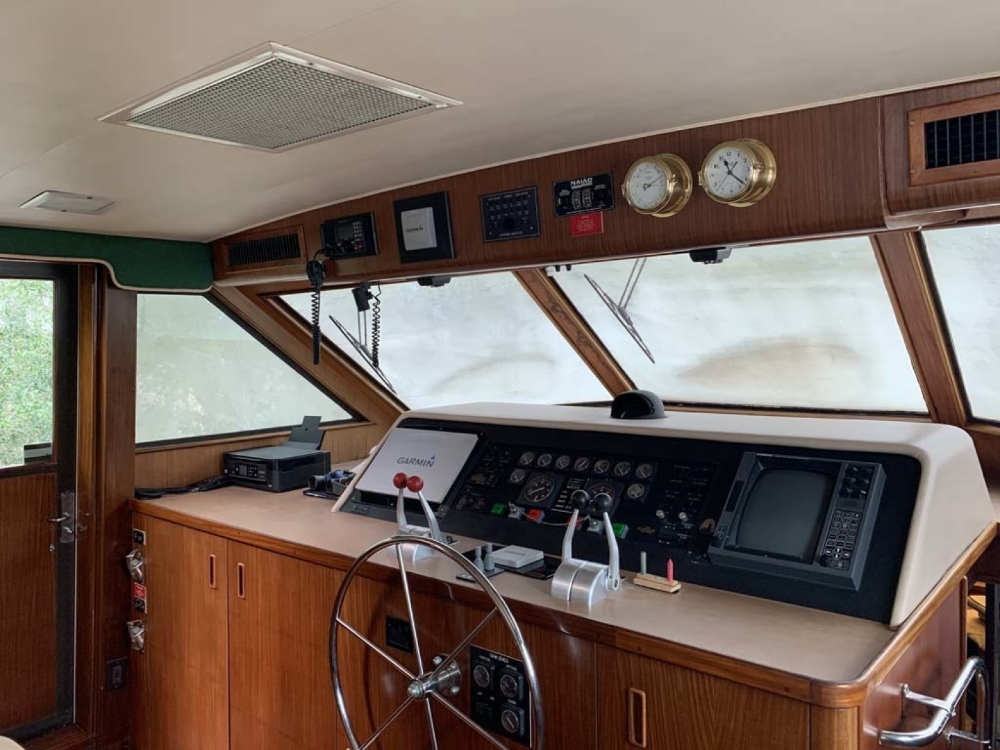 Hatteras-Euro Transom Motor Yacht 1989-Different Drummer II Stuart-Florida-United States-Lower Helm-1449932 | Thumbnail