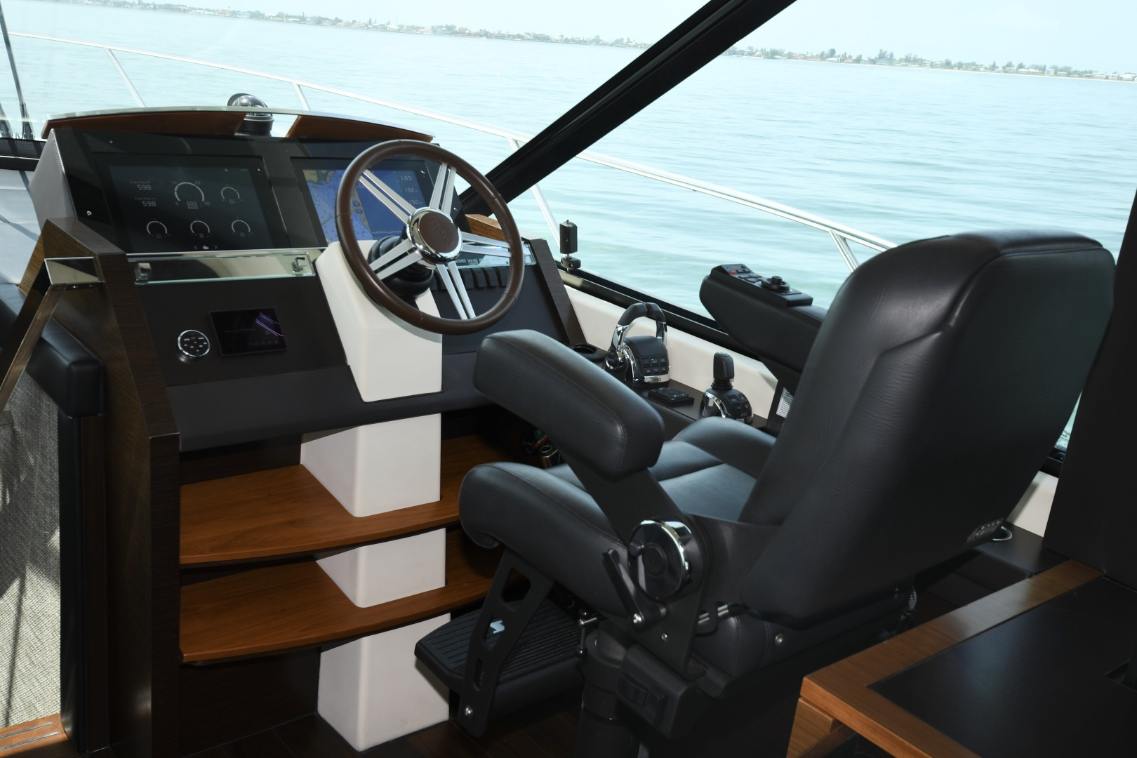 Tiara-50 Coupe 2014-Hoosier Daddy Anna Maria-Florida-United States-2014 Tiara 50 Coupe  Hoosier Daddy  Helm-1450860 | Thumbnail