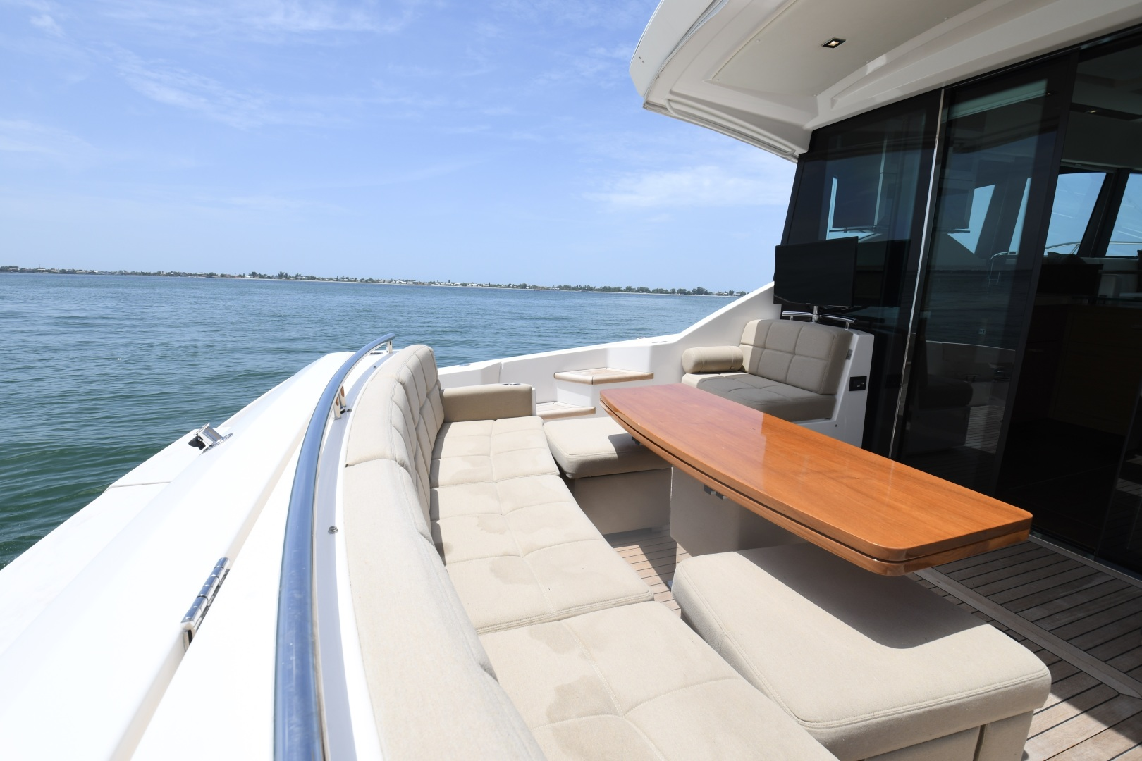 Tiara-50 Coupe 2014-Hoosier Daddy Anna Maria-Florida-United States-2014 Tiara 50 Coupe  Hoosier Daddy  Cockpit-1450869 | Thumbnail