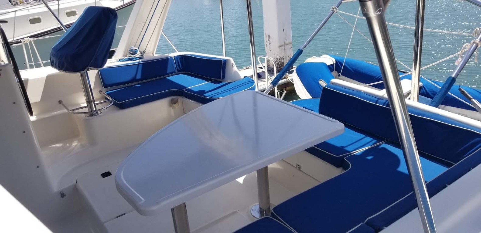 Robertson & Caine-Leopard 38 Catamaran 2000-Jean San Carlos, Sonora-Mexico-Cockpit Seating with Table-1452793 | Thumbnail