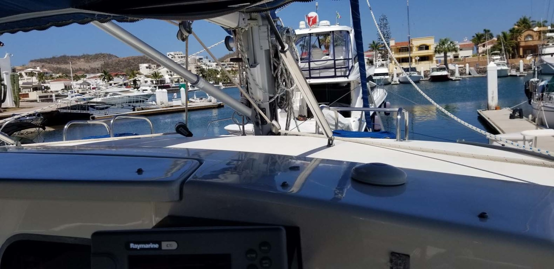 Robertson & Caine-Leopard 38 Catamaran 2000-Jean San Carlos, Sonora-Mexico-Forward View from Cockpit-1452787 | Thumbnail