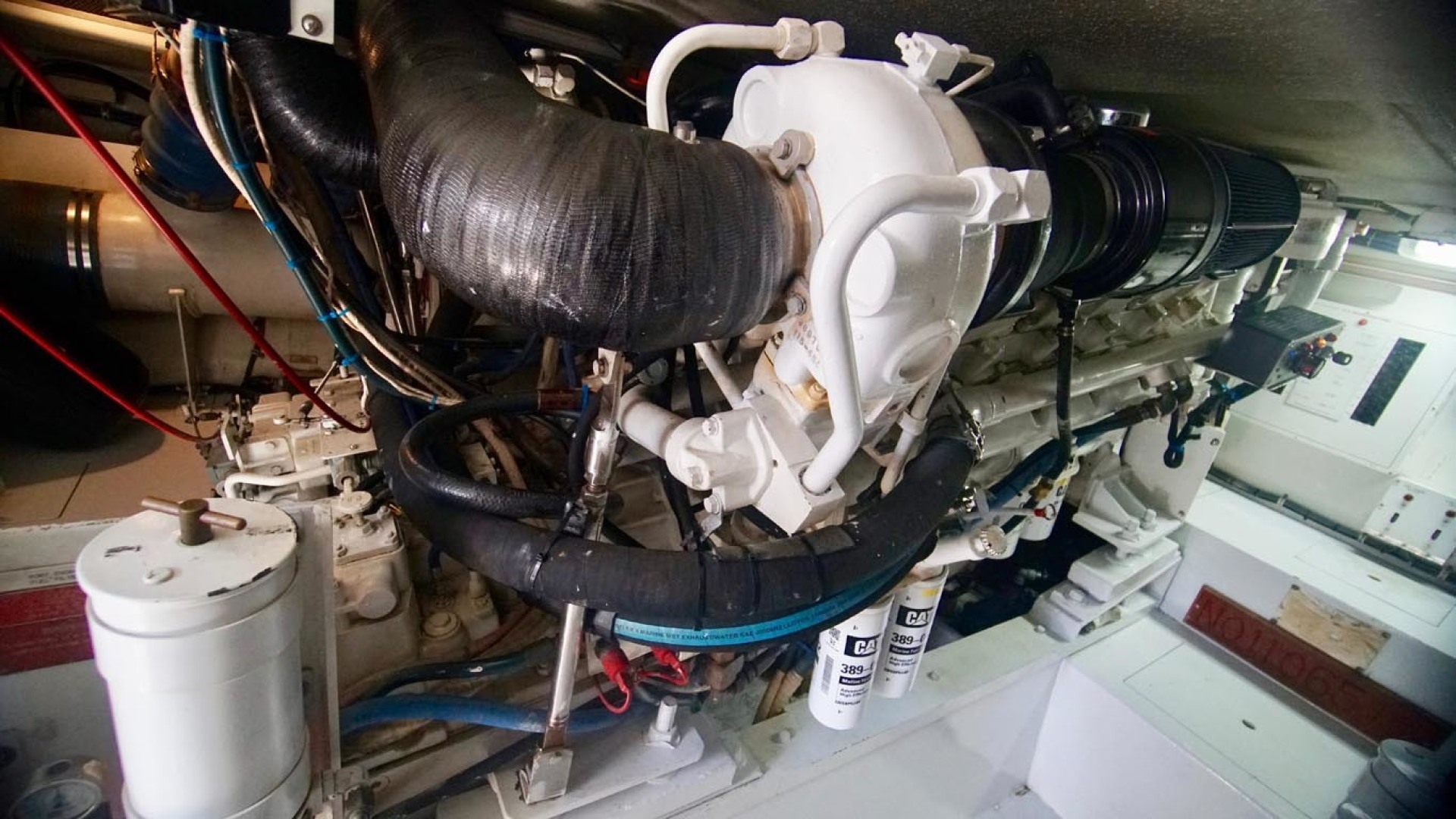Hatteras-55 Convertible 2001-Main Event Orange Beach-Alabama-United States-Engine Room-1454231   Thumbnail