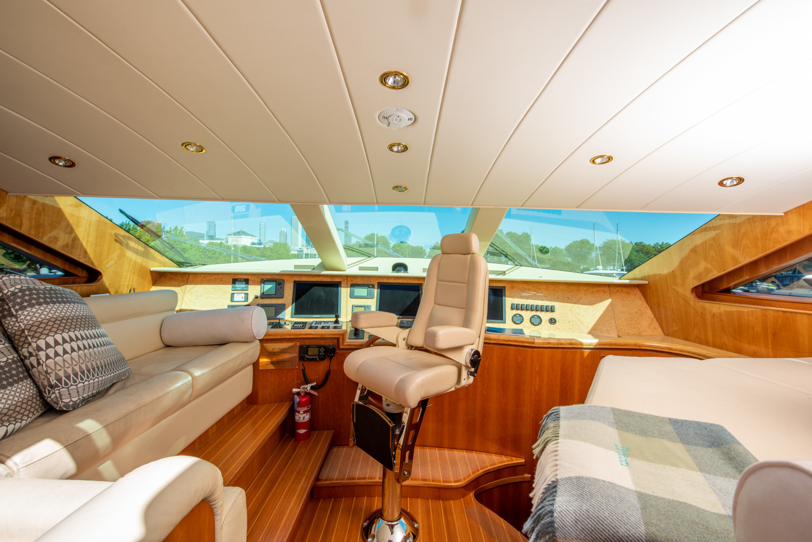 Horizon-Raised Pilothouse 2007-TRITON Fort Lauderdale-Florida-United States-1462333 | Thumbnail