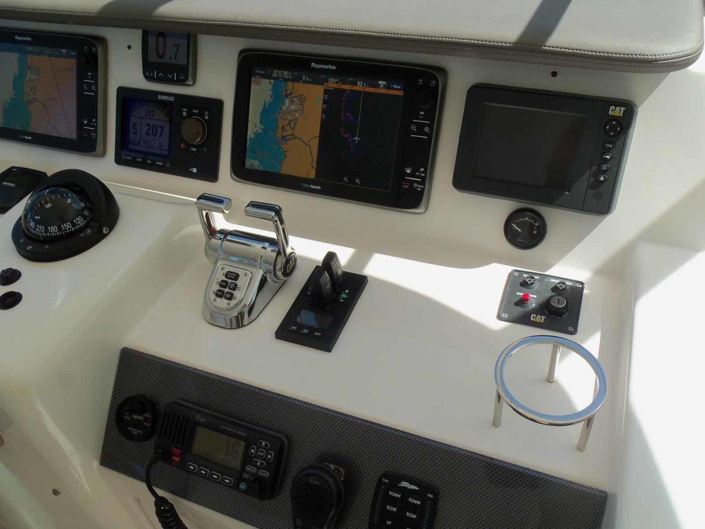 Neptunus-625 Flybridge 2015-MONESSA Miami-Florida-United States-Helm Starboard-1458044 | Thumbnail