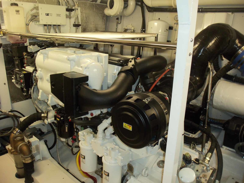 Neptunus-Express 2016-CAPTAIN HIGHWAY Hilton Head-South Carolina-United States-Starboard Engine-1458948 | Thumbnail