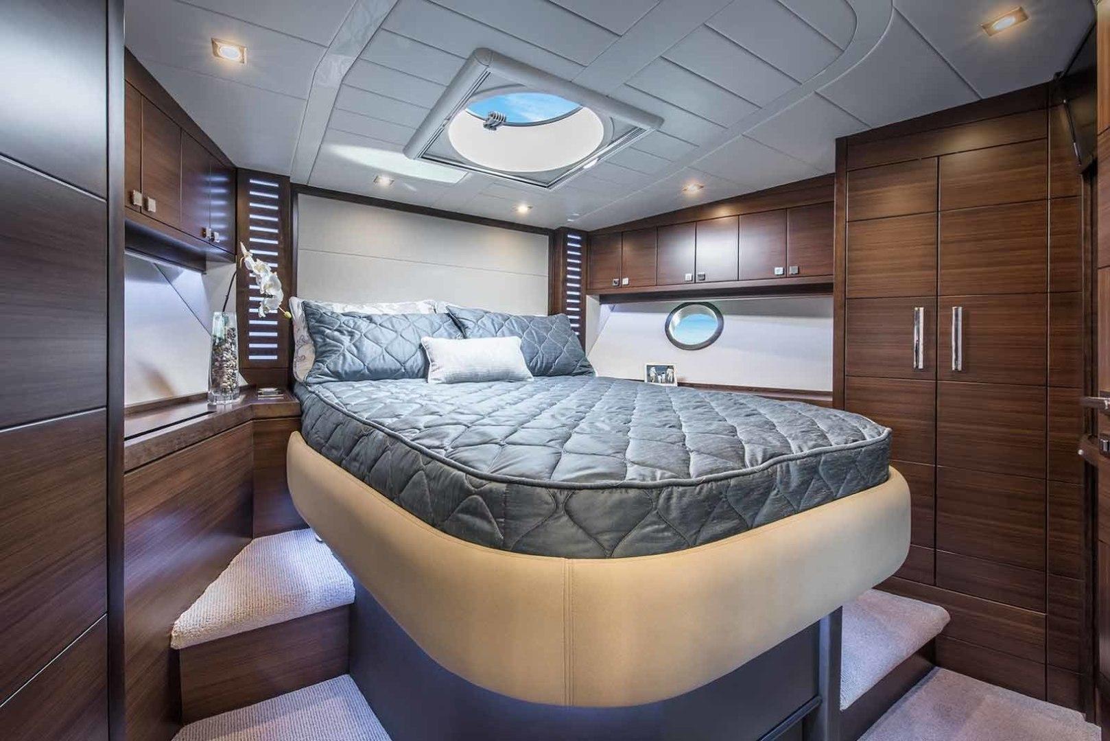 Neptunus-Express 2016-CAPTAIN HIGHWAY Hilton Head-South Carolina-United States-VIP-1458926 | Thumbnail