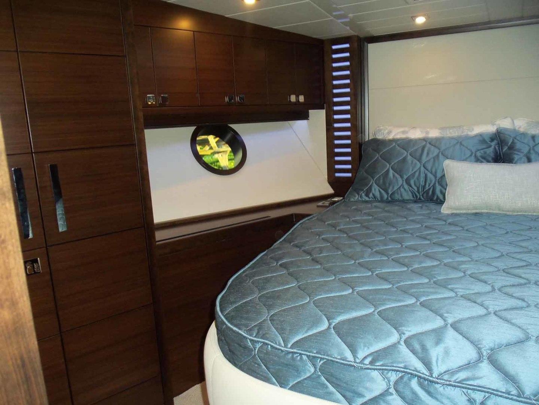 Neptunus-Express 2016-CAPTAIN HIGHWAY Hilton Head-South Carolina-United States-VIP To Port-1458927 | Thumbnail