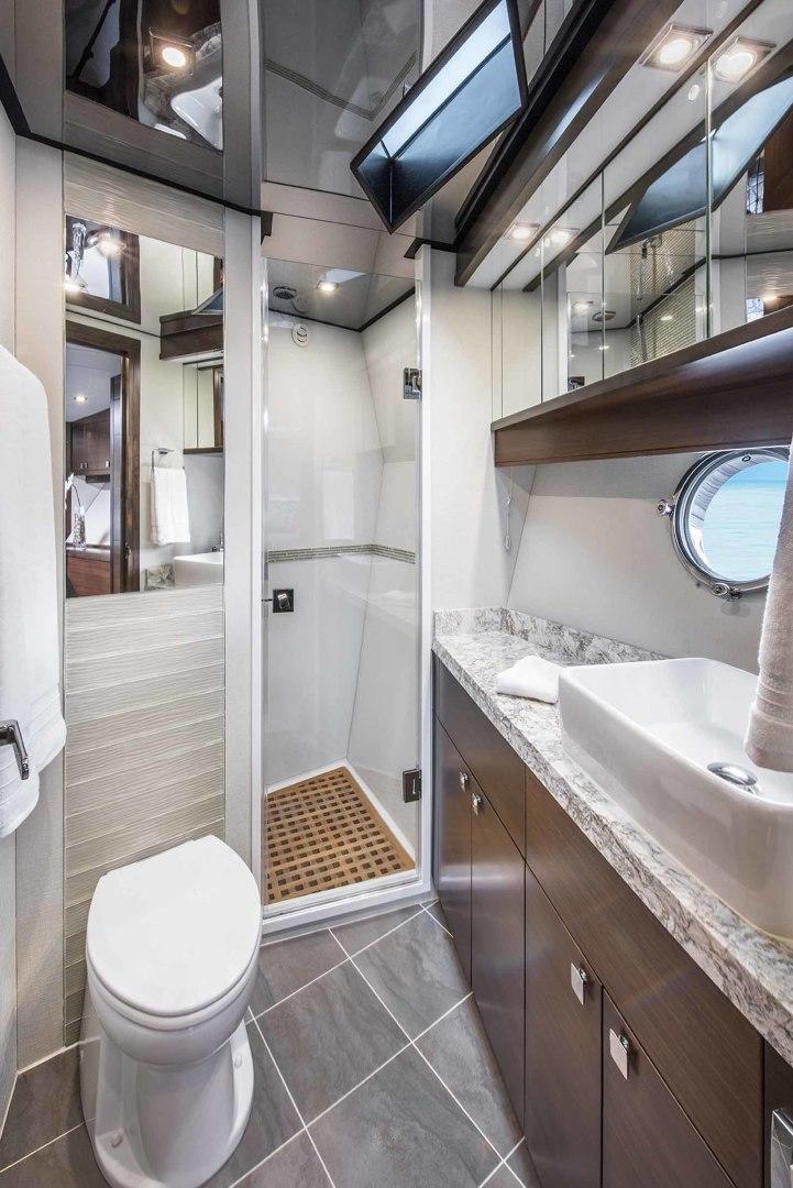Neptunus-Express 2016-CAPTAIN HIGHWAY Hilton Head-South Carolina-United States-VIP Head-1458929 | Thumbnail