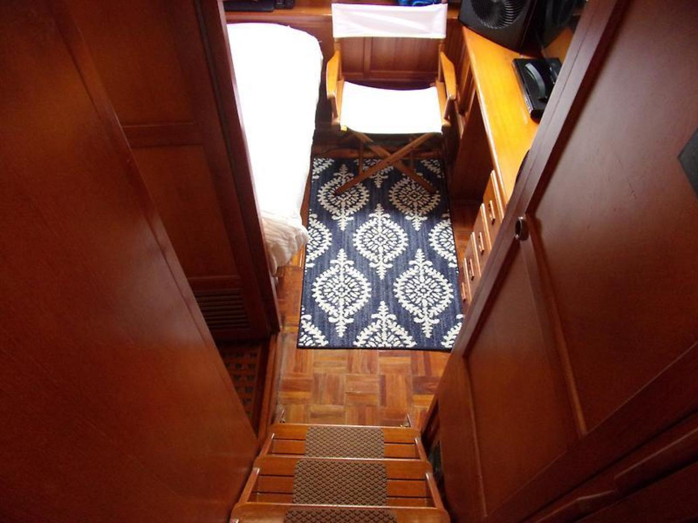 Marine Trader 1987-Room With A View Urbanna-Virginia-United States-1459931 | Thumbnail
