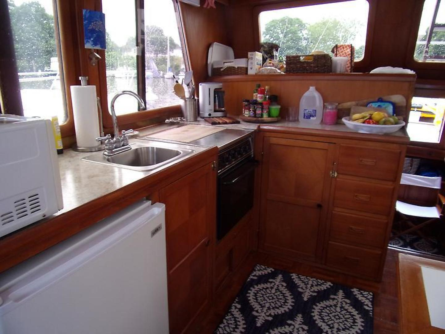 Marine Trader 1987-Room With A View Urbanna-Virginia-United States-1459928 | Thumbnail