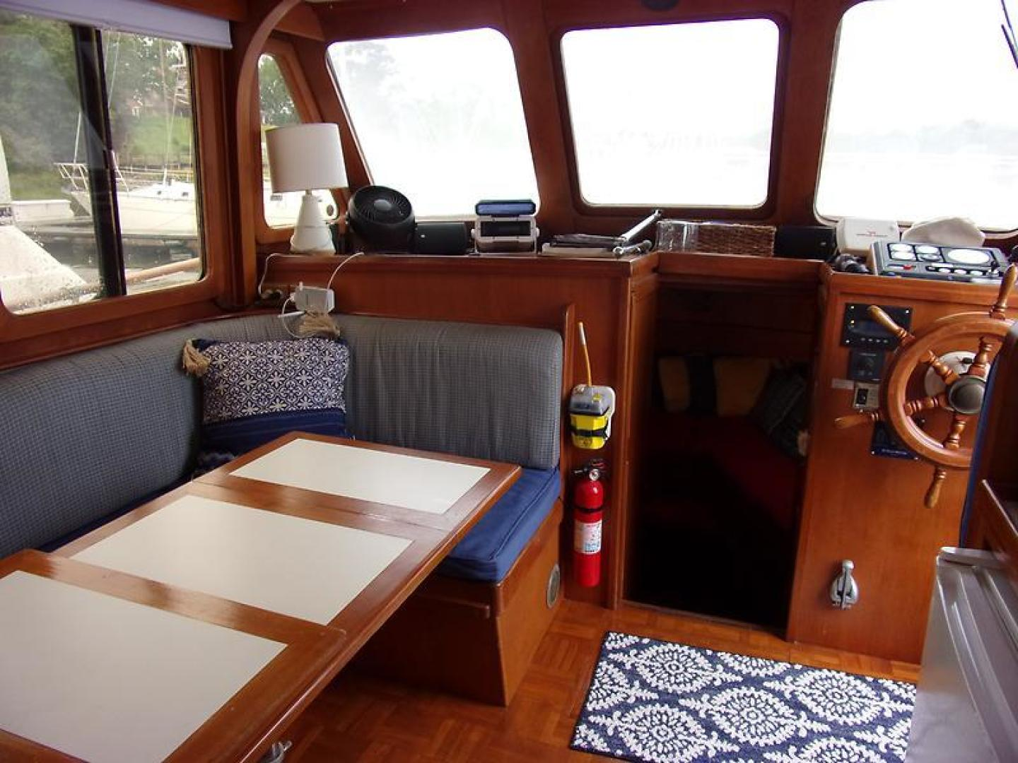 Marine Trader 1987-Room With A View Urbanna-Virginia-United States-1459929 | Thumbnail