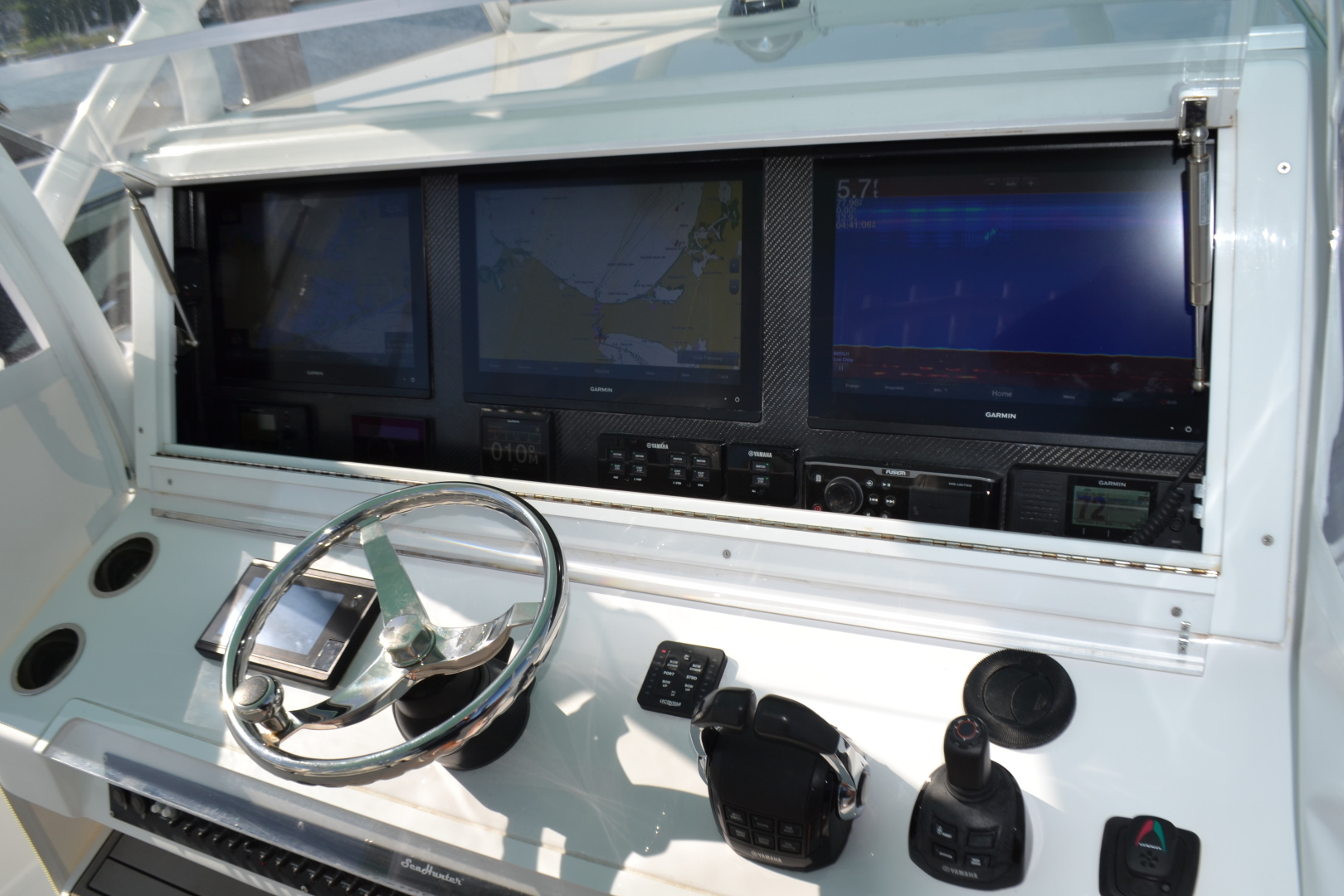 SeaHunter-Center Console 2018-T Mack North Palm Beach-Florida-United States-1461268 | Thumbnail